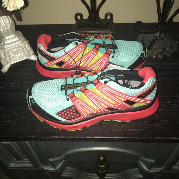 2be3c3dc597f New Women s Salomon XR Mission Running Shoes